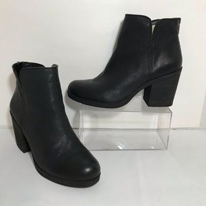 Lucky Brand Black Leather Ankle Boots Booties 10